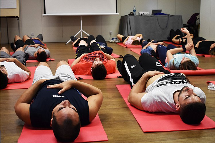 Stretching Global Activo (SGA) - RPG e o Desporto - Master Science Lab